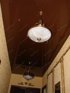 Натяжные потолки в коридоре – самое удобное решение!