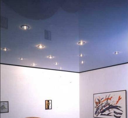 Зеркальные натяжные потолки в СПб